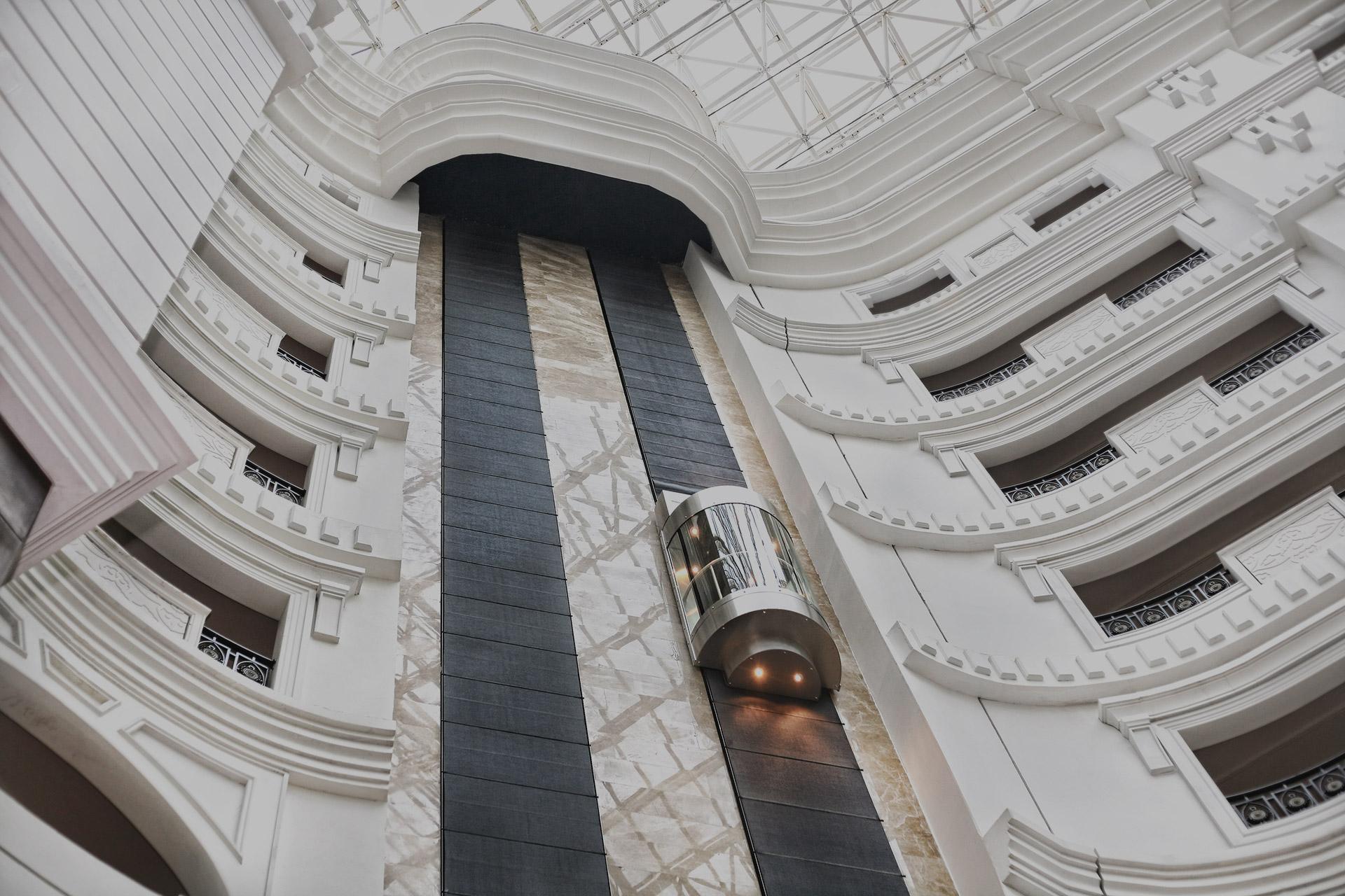 Поставка лифтов