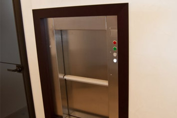 Раздвижные двери на сервисной высоте